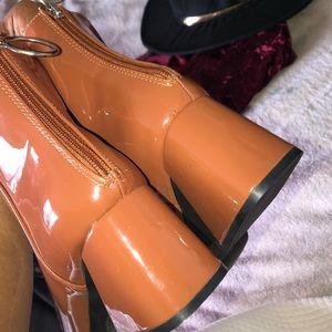 Caramel Patent Square Toe Block Heel Bootie 👢🔥👠